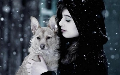 women_snow_animals_cold_dogs_s