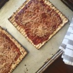 10 Ridiculously Easy Recipes For Matzah Pizzas
