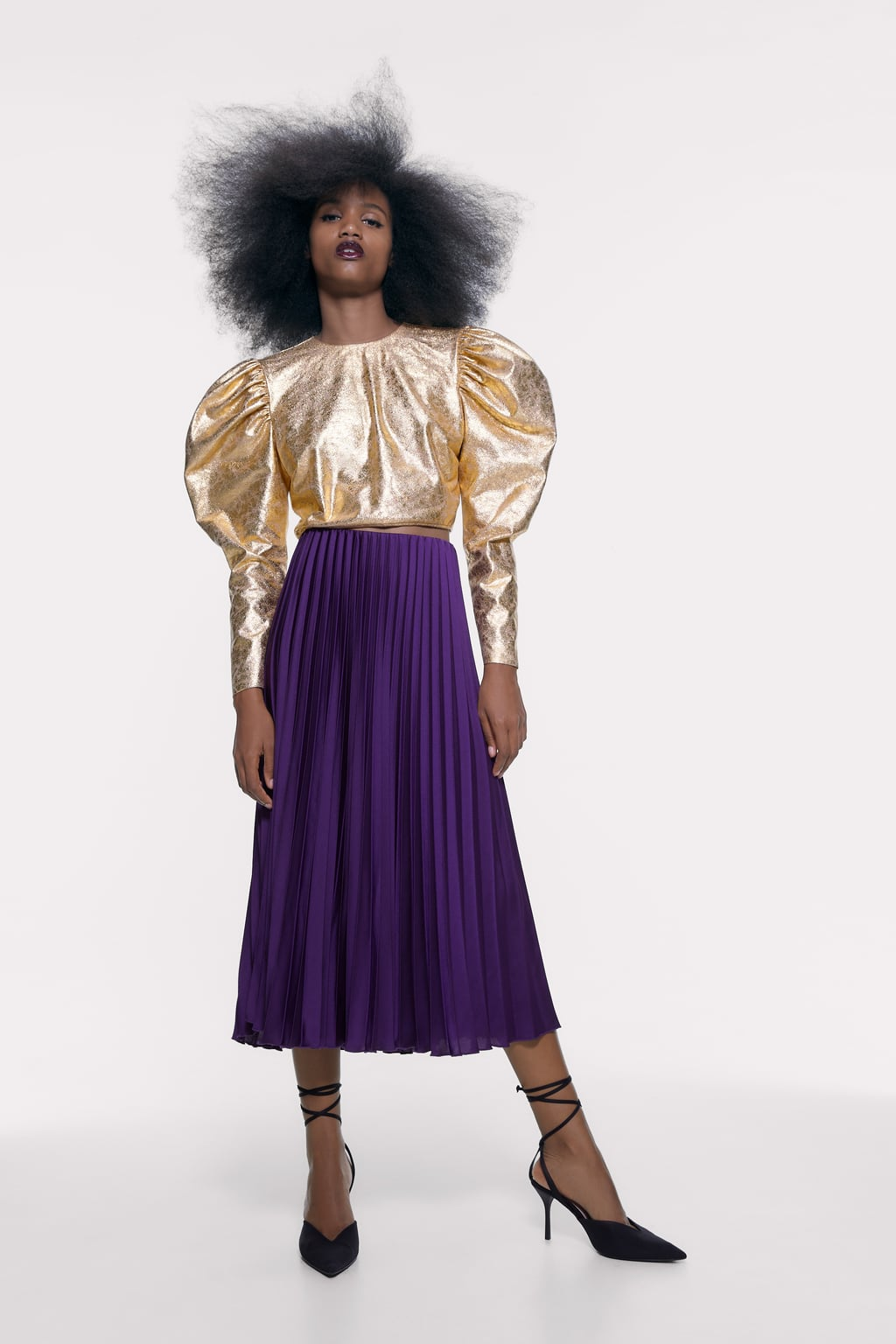 METALLIC EFFECT CROPPED BLOUSED, $39.90 @zara.com
